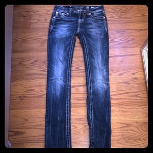 Cute Buckle Jeans S 26-33 inseam Great Condition